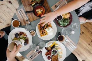 foodtable_sm