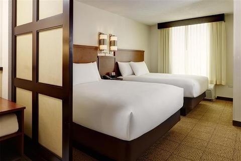 69481597-hyatt-place-uc-davis-guest-room-2-def
