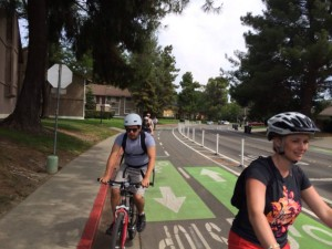Bike pathways on Davis streets (2)