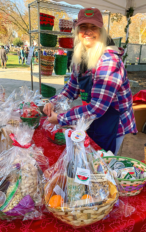 Davis Farmers Market loaded with crafts, gifts